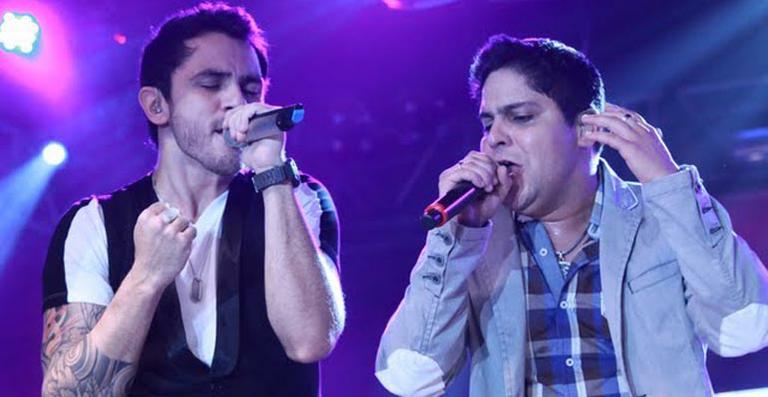"""""""Duas Metades"""" – Ouça agora a nova música da dupla Jorge & Mateus"""