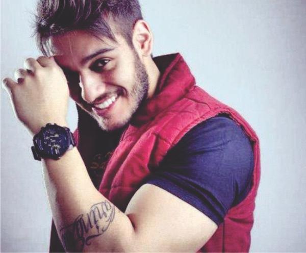 Lucas Lucco lança música em homenagem ao Chorão