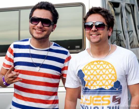 """Bruninho & Davi lançam clipe de """"Smirnofy"""". Assistam."""