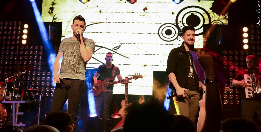 """Téo & Edu lançam clipe da música """"Festinha Particular"""", com Bruninho & Davi"""