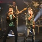 """""""Tempo"""" – Emerson & Christian lançam nova música em formato lyric video"""