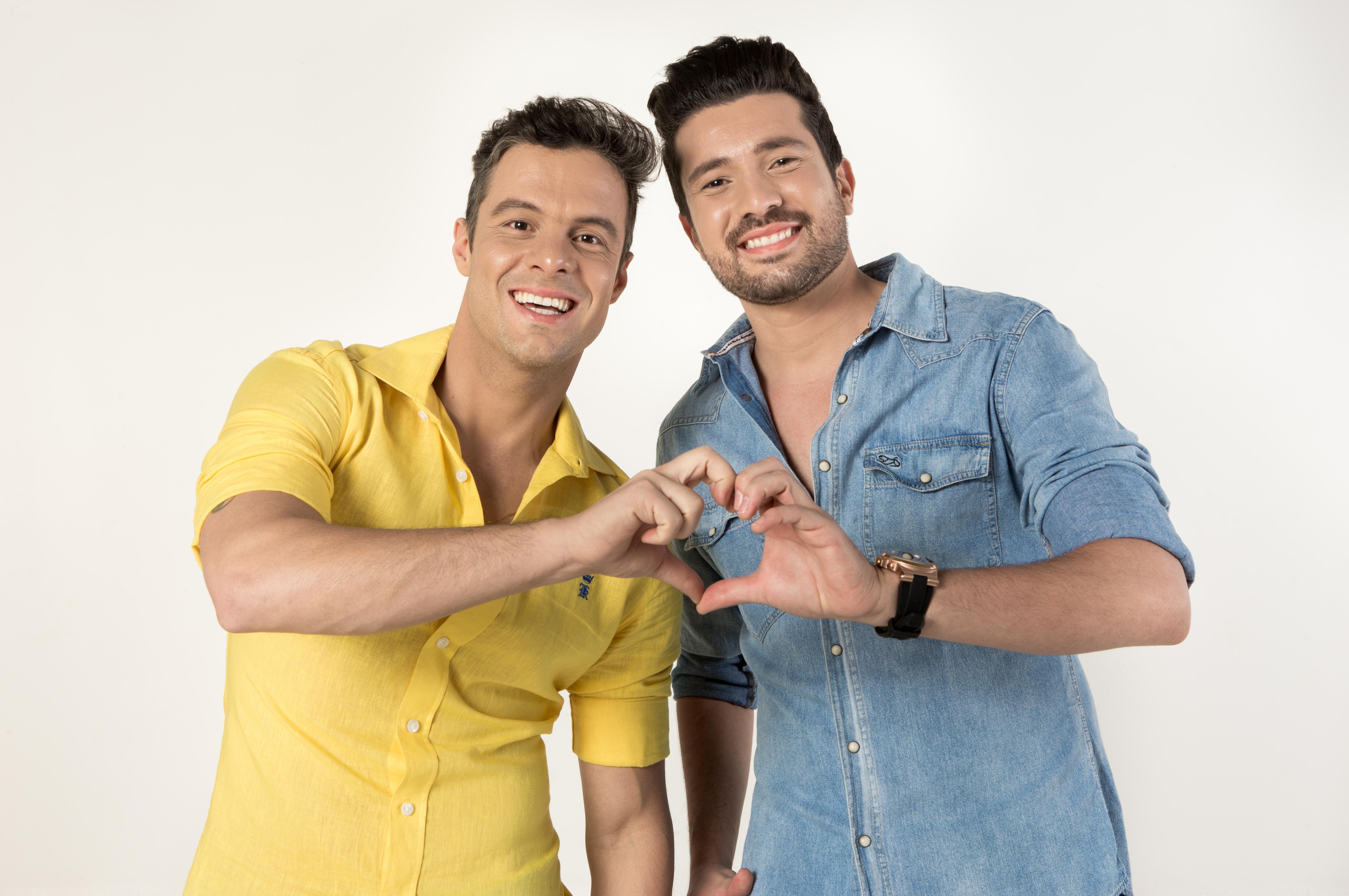 Marcos Paulo & Rulian de moda nova. Confiram.