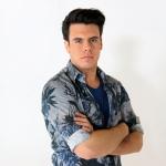 """Roberto Grigo lança clipe da música """"Agora tome, aguenta"""""""