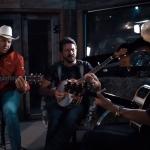 Juliano Cezar lança clipe com Jads & Jadson e anuncia novidades
