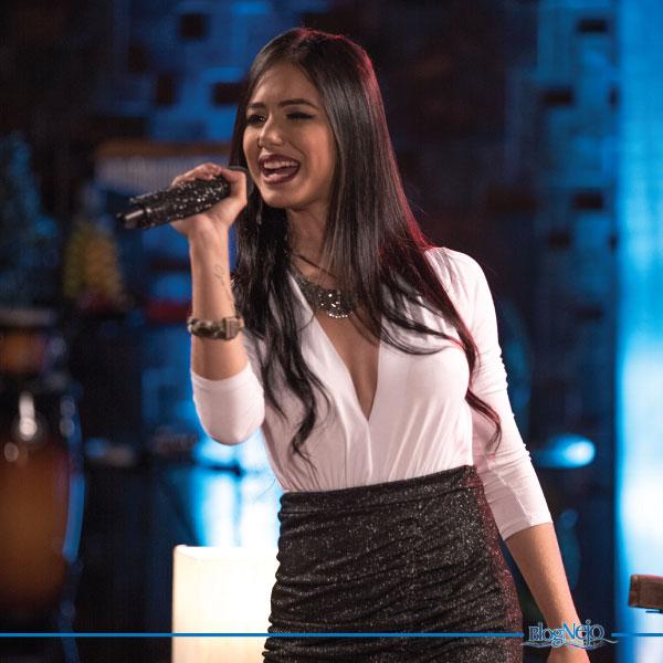 Allana Macedo divulga clipe de sua nova música de trabalho