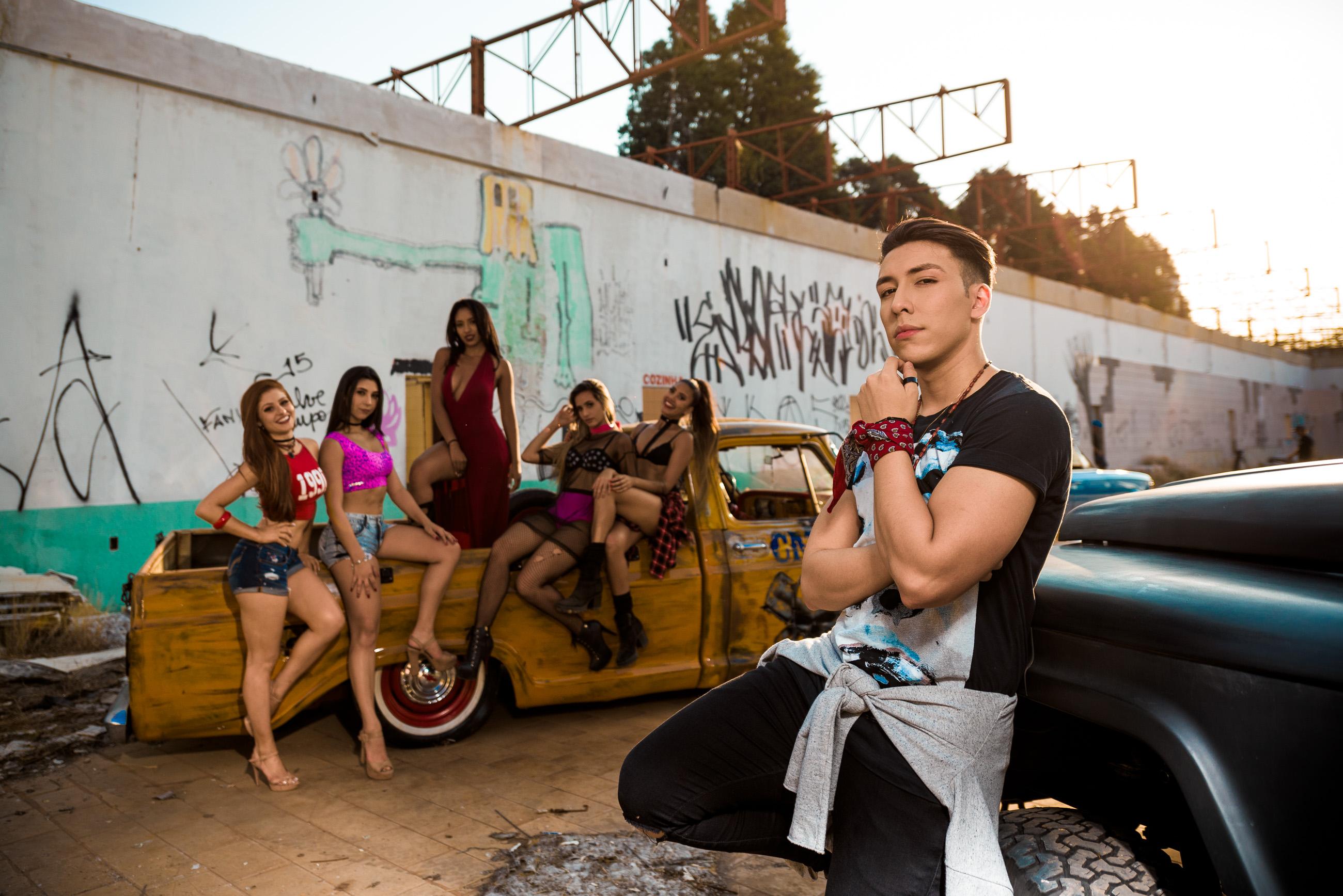 """Sangue latino em """"Dança Comigo"""": confira o novo sucesso de Matheus Pagan"""